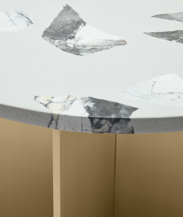 MA - TABLE OBJET - MARBLE TOP DETAIL