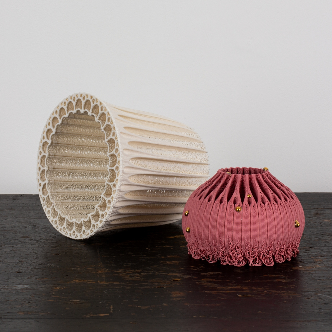 Nico Conti - collar vessel, white porcelain and sea urchin with gold and pink porcelain, 3D printed