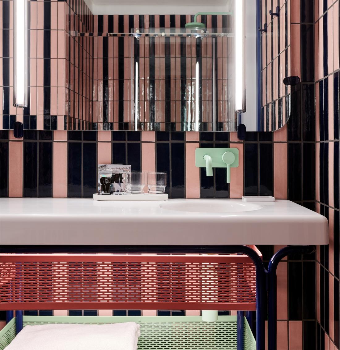 The Standard London - Queen's Standard - Bathroom