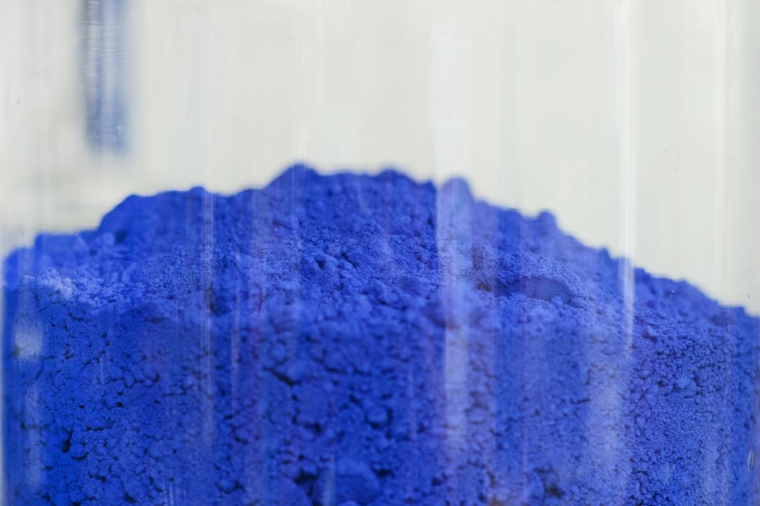 Blue is Divine: a colourful homage to Finn Sködt as Kvadrat