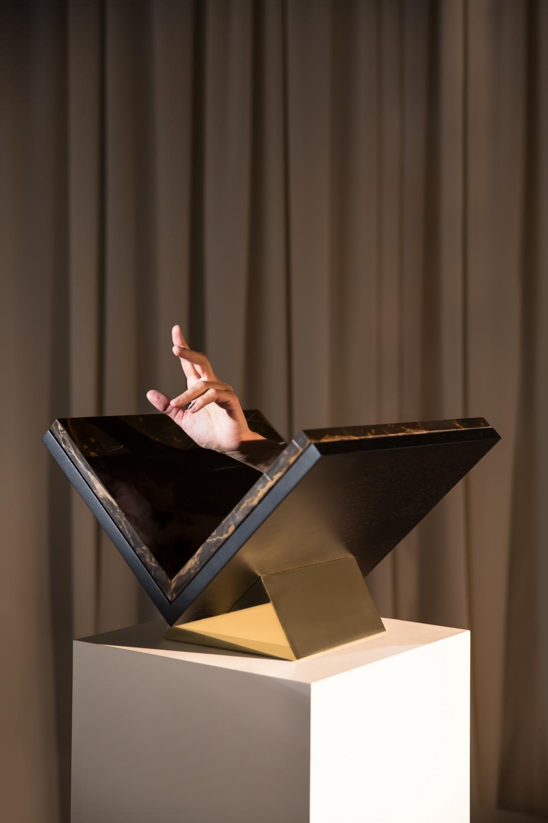 New Traditions - Adorno - Vaust - Slant Book Stand