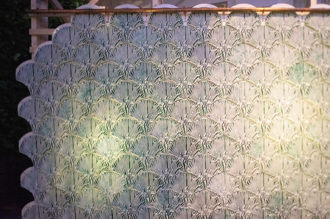The Indus Project is a tile-based, modular bioreactor wall system for cleaning water through bioremediation.