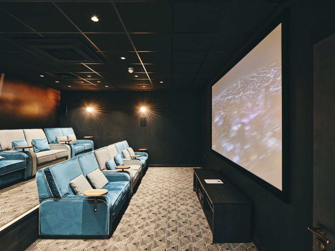 Symons House, Leeds - Ultra-luxe seating within the cinema room. Photography by Gu Shi Yin