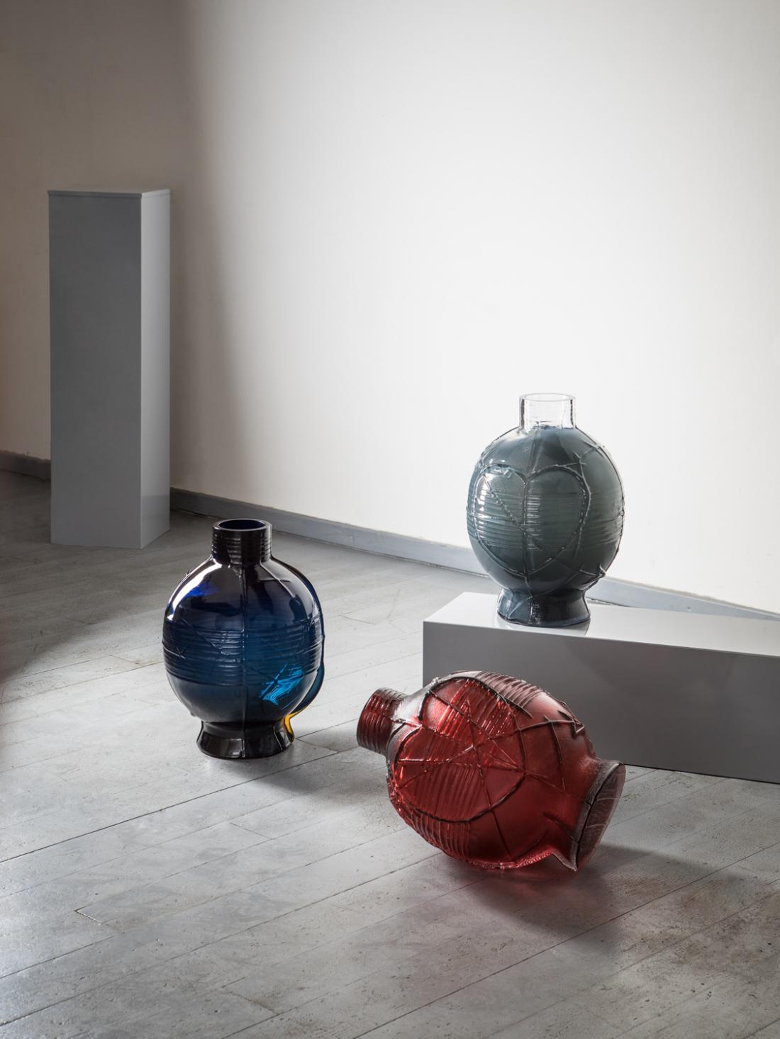 Sebastian Kitzberger, Wooden Vase, 2018. Photography by Tomas Slavik