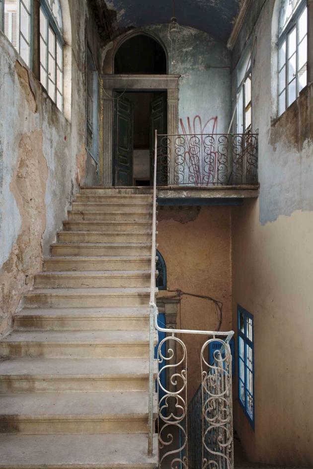 BeitKassar - Entrance Steps ©Colombe Clier