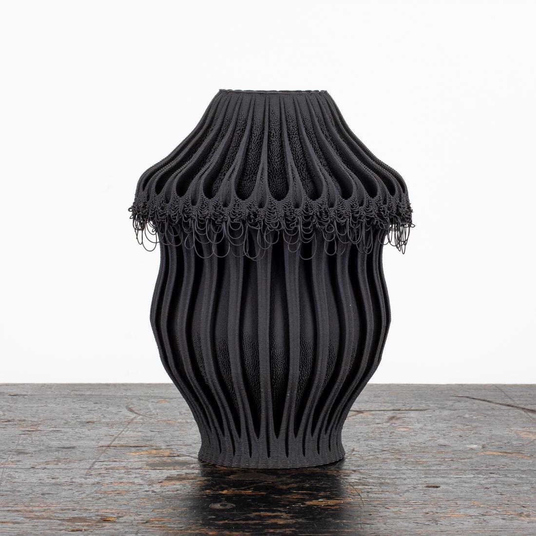 Nico Conti - black porcelain 3D printed vase