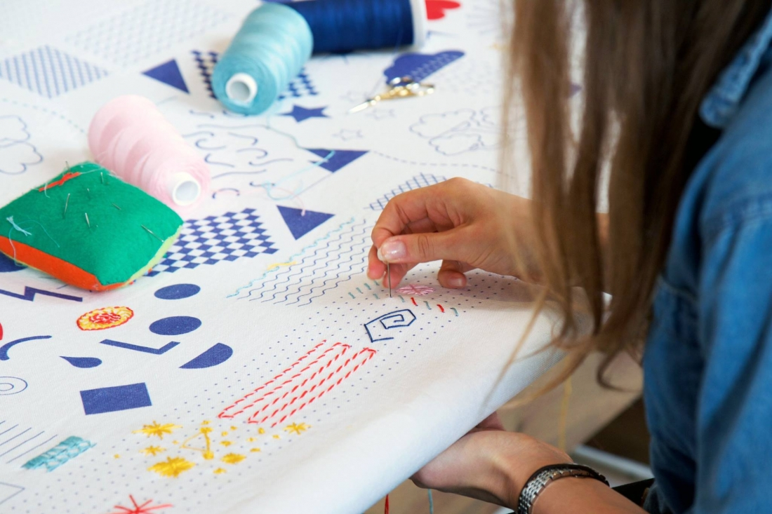 Stitch-School with Gabriela Gesheva. Courtesy of Craft Central, London Craft Week 2019