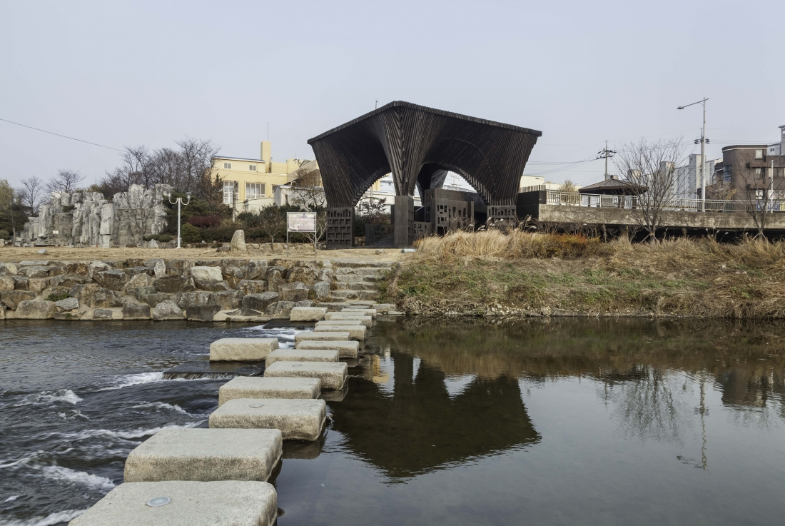 Gwangju River Reading Room, credit: Kyungsub Shin